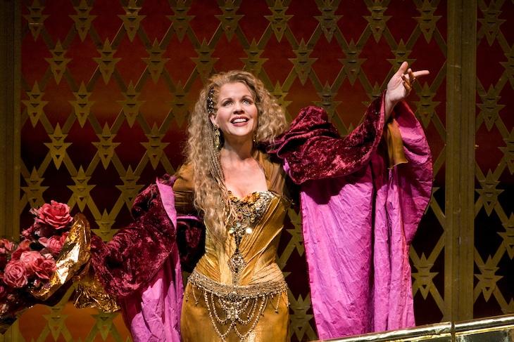 「タイス」より。(Photo:Ken Howard / Metropolitan Opera)