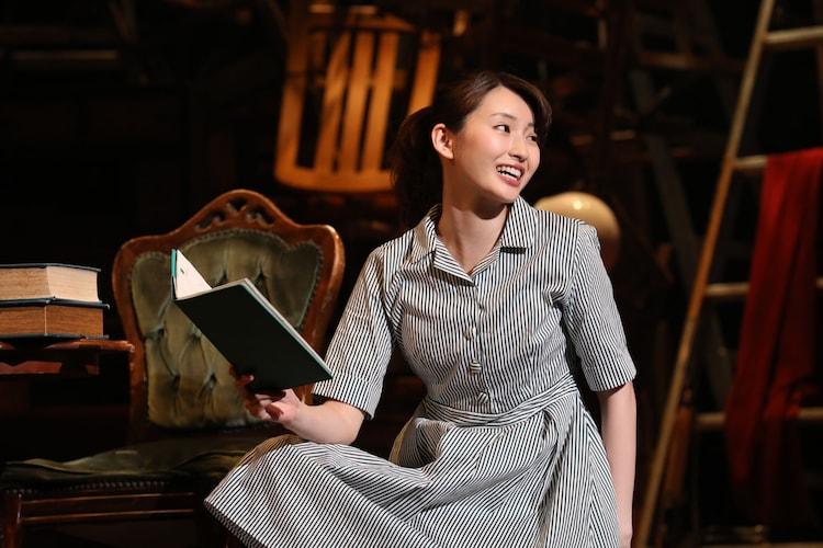 本多劇場グループ PRESENTS「DISTANCE」より、井上小百合「齷齪とaccept」。(撮影:和田咲子)