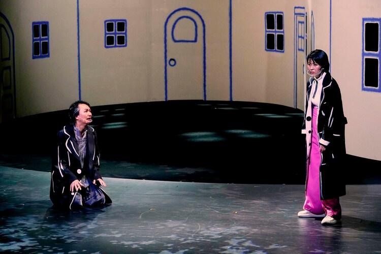 「イヌビト ~犬人~」より。(撮影:細野晋司)