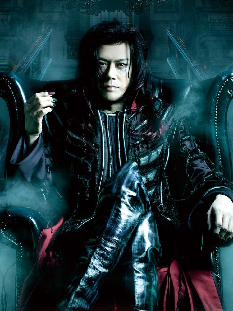 ミュージカル「ダンス オブ ヴァンパイア」より、山口祐一郎扮するクロロック伯爵。