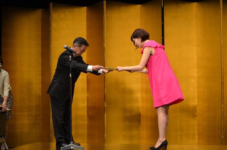 第64回岸田國士戯曲賞授賞式より、市原佐都子。