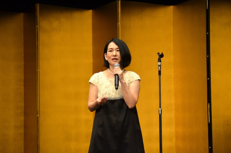 第64回岸田國士戯曲賞授賞式より、相馬千秋。