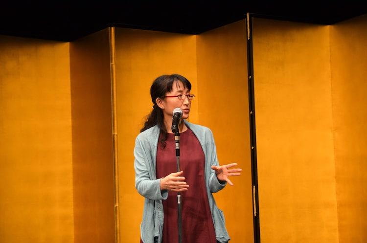第64回岸田國士戯曲賞授賞式より、柳美里。