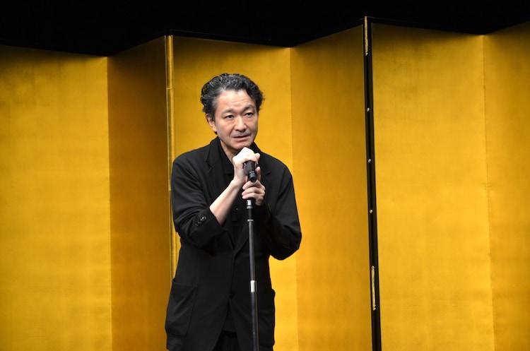 第64回岸田國士戯曲賞授賞式より、白井晃。