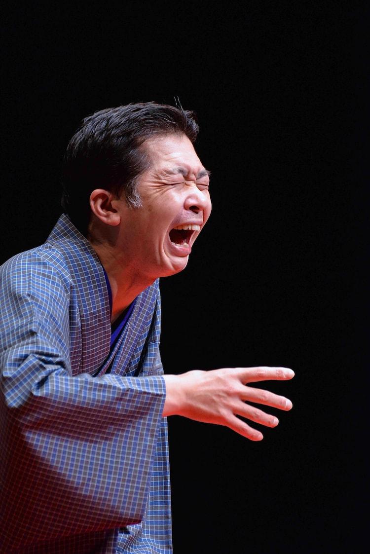「柳家三三 三夜 三道楽×三席 江戸三昧」より。(撮影:橘蓮二 / 提供:あうるすぽっと)