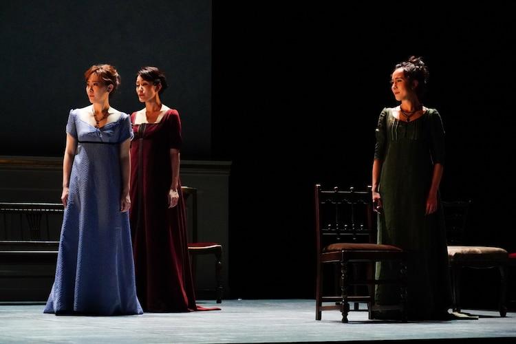 舞台「Op.110 ベートーヴェン『不滅の恋人』への手紙」より。(撮影:田中亜紀)
