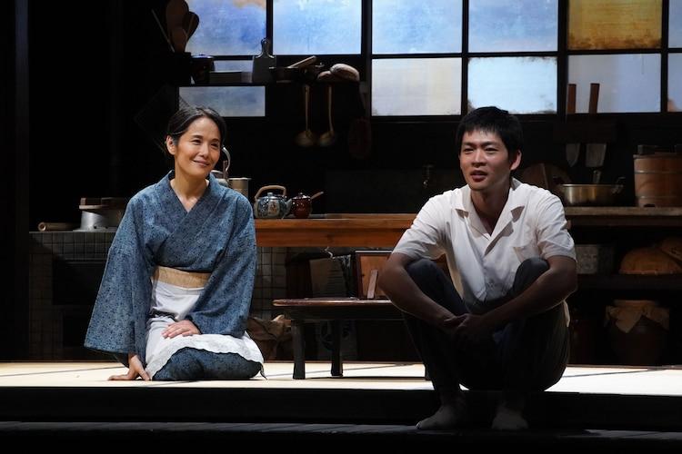 こまつ座「母と暮せば」前回公演より。(撮影:宮川舞子)