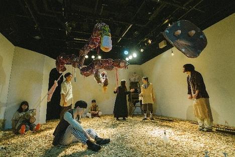 シラカン「蜜をそ削ぐ」より。(Photo by takaramahaya)