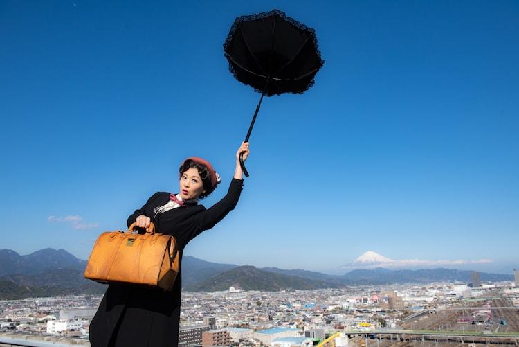 唐十郎×宮城聰「おちょこの傘持つメリー・ポピンズ」イメージ(c)行貝チヱ