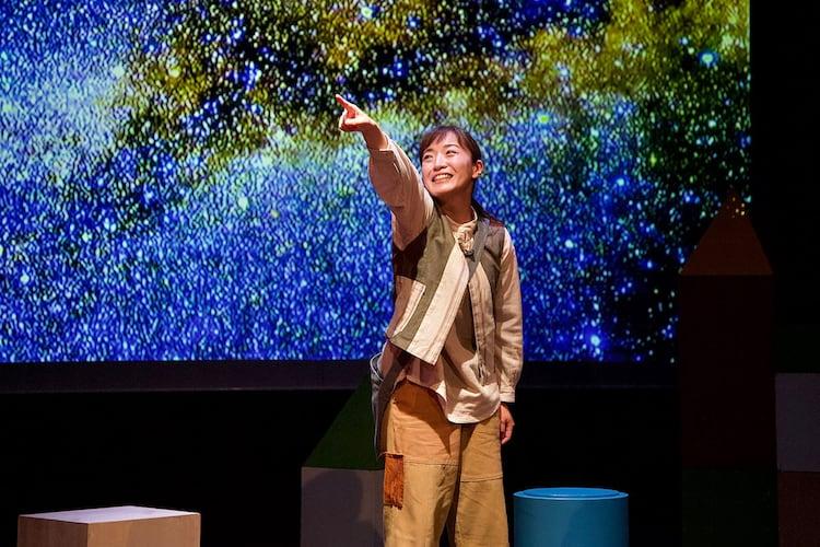 青年団「銀河鉄道の夜」江原河畔劇場公演より。