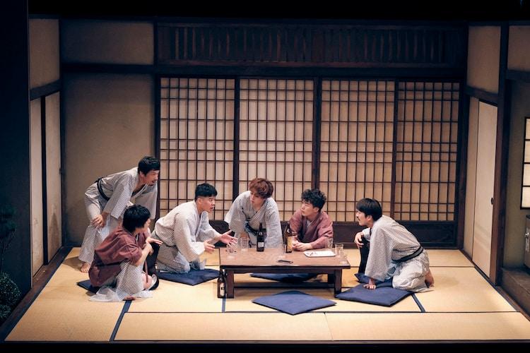 ゴジゲン 第17回公演「朱春」より。(撮影:関信行)