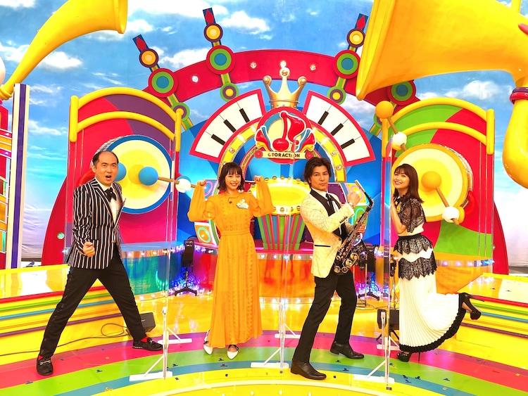 左から斎藤司、平野綾、武田真治、新妻聖子。(c)TBS