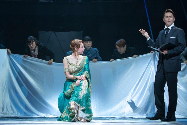 ミュージカル「マタ・ハリ」より。(撮影:岡千里)