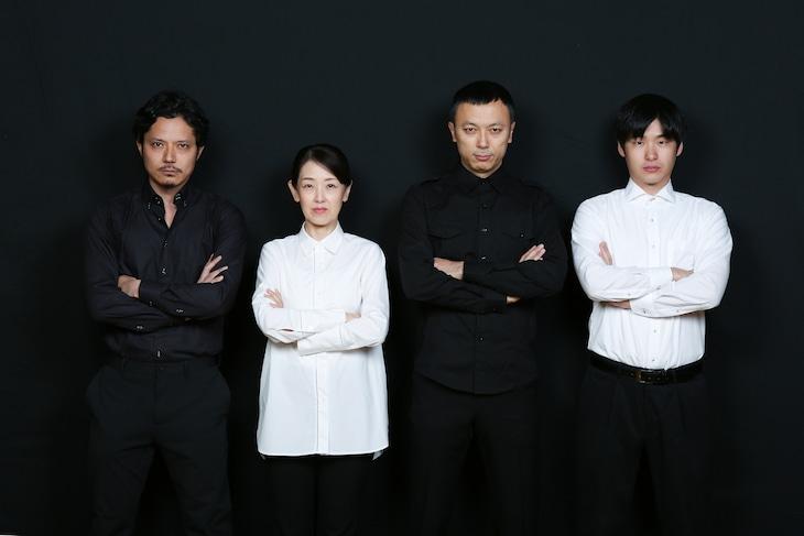 左から石橋徹郎、山本郁子、上川路啓志、奥田一平。(撮影:宮川舞子)