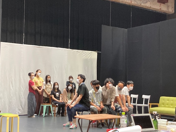 DULL-COLORED POP 第23回本公演「丘の上、ねむのき産婦人科」稽古の様子。