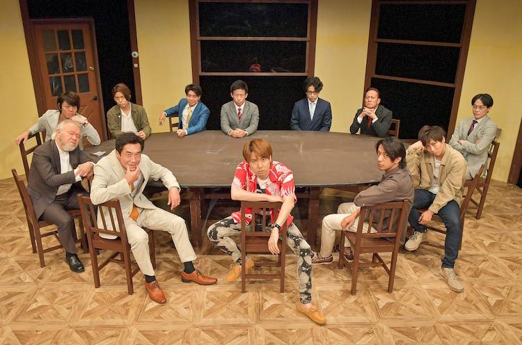 ナイスコンプレックスプロデュース #6「12人の怒れる男」大阪Bチームの面々。(撮影:鏡田伸幸)