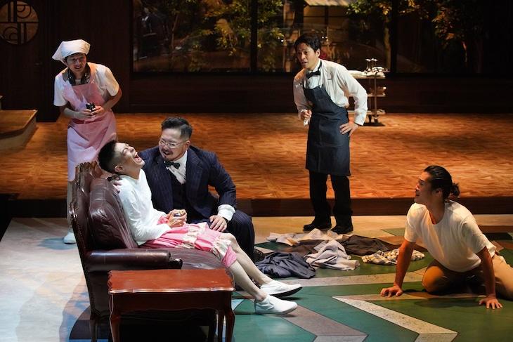 さいたまネクスト・シアター最終公演「雨花のけもの」より。(撮影:宮川舞子)