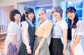 神宿インタビュー|新曲「Trouble」MV撮影現場に潜入、ぴあアリーナMM公演に向けて5人が語る本音