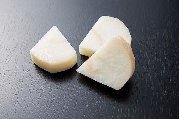 サカサイモの食品サンプル。
