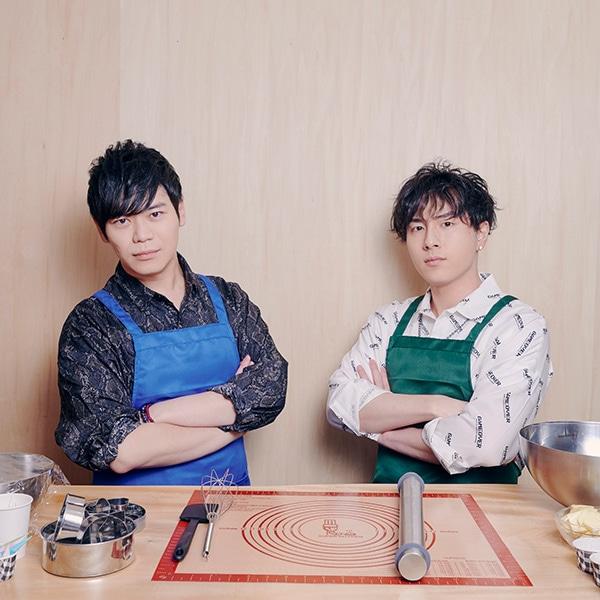 左から古川慎、鈴木崚汰。
