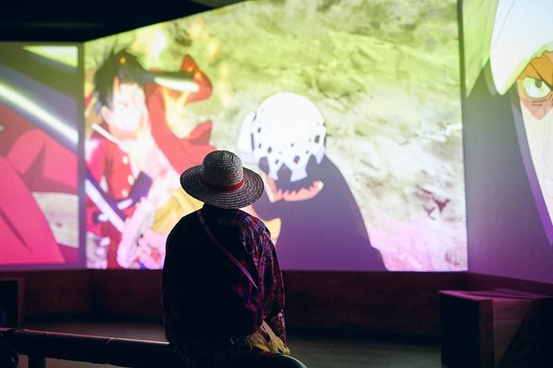 アトラクションの終盤ではトンガリ島を舞台としたオリジナルムービーが上映されている。