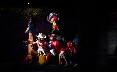 2015年上演「ONE PIECE LIVE ATTRACTION~Welcom to TONGARI Mystery Tour~」の公演写真。