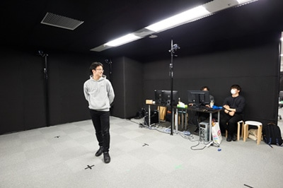 第4スタジオ「KAYABA」の室内。「KAYABA」の中には、2000万円を越える高性能モーションキャプチャーシステムViconも設置されていた。