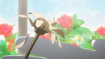 「死神坊ちゃんと黒メイド」より。坊ちゃんが触れたことによって、花が枯れてしまう。