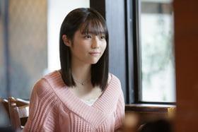 「惡の華」より、秋田汐梨演じる佐伯奈々子。