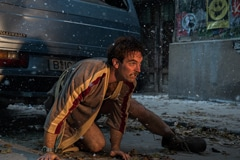 「アトミック・ブロンド」より、サム・ハーグレイブ演じるジェームズ・ガスコイン。