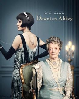 左からミシェル・ドッカリー演じる長女メアリー・クローリー、マギー・スミス演じる先代伯爵夫人バイオレット。