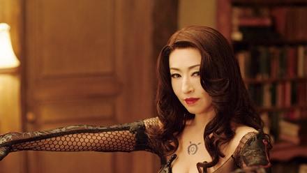 「鋼の錬金術師」より松雪泰子演じるラスト。