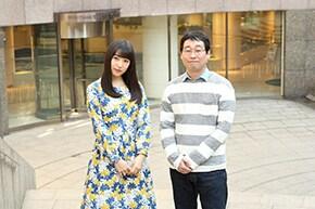 左から桜井日奈子、前野朋哉。