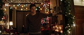 夫婦で迎える初めてのクリスマスに張り切るジェイミー。