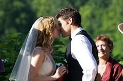 唯一2人の時間軸が交わるのはプロポーズと結婚式。
