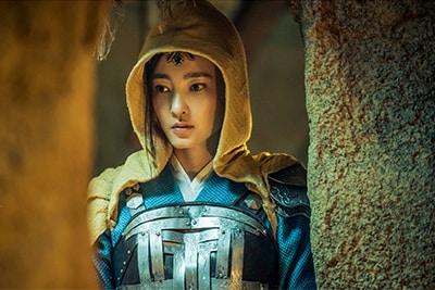 「神龍<シェンロン>-Martial Universe-」より、ワン・リークン演じる綾清竹。