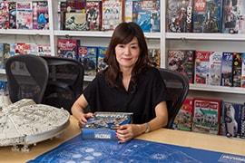 週刊「スター・ウォーズ ミレニアム・ファルコン」について語る嶋田典子氏。