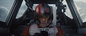 「スター・ウォーズ/フォースの覚醒」より、戦闘機X-ウイング・ファイターの操縦士ポー・ダメロン(オスカー・アイザック)。