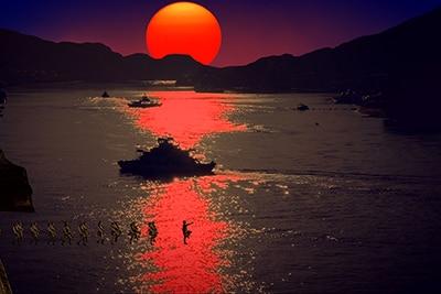 「海辺の映画館―キネマの玉手箱」より、尾道水道の風景。