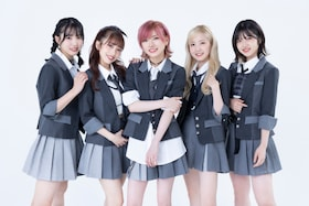 "AKB48の大逆襲はここから! 10年ぶりの""オールAKB48メンバー""で臨む58thシングル「根も葉もRumor」が告げるのは""新しいAKB48""の始まり"