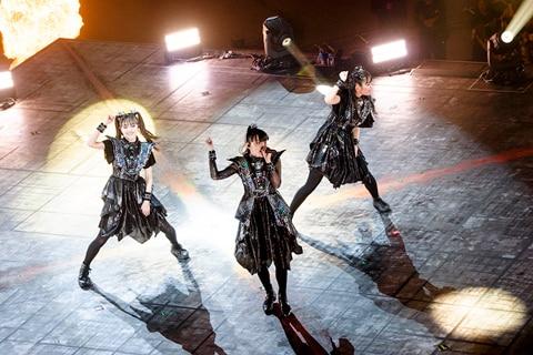"「METAL GALAXY WORLD TOUR IN JAPAN EXTRA SHOW『LEGEND - METAL GALAXY』」1月26日公演の様子。(撮影:瀧本""JON...""行秀)"