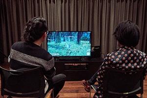 「ファイナルファンタジーXIV」をプレイする絹谷剛と祖堅正慶。