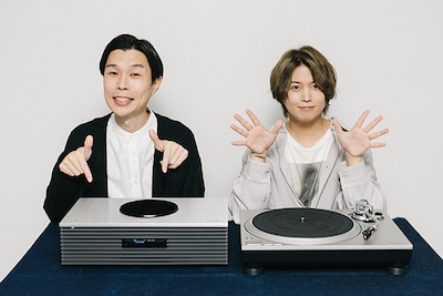 デジナタ連載 岩井勇気(ハライチ)×斉藤壮馬 インタビュー Technicsのターンテーブルでジブリ作品のレコード体験