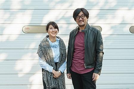 左から畠山美由紀、冨田恵一。