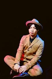 楢崎誠(B, Sax)