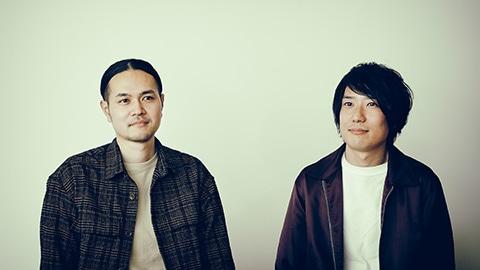 左から武田信幸(G)、山本晃紀(Dr)。