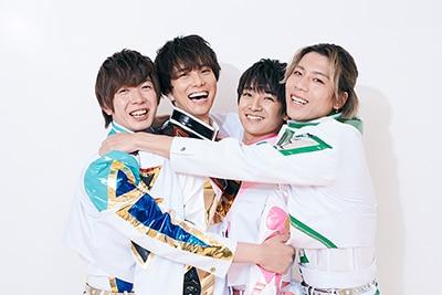 左から田村侑久、水野勝、本田剛文、吉原雅斗(BOYS AND MEN)。