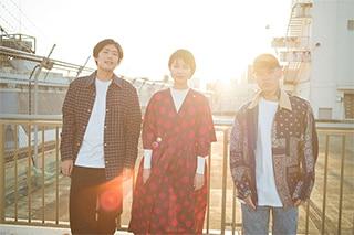 左からSTUTS、松たか子、 T-Pablow(BAD HOP)。(Photo by seiji shibuya)