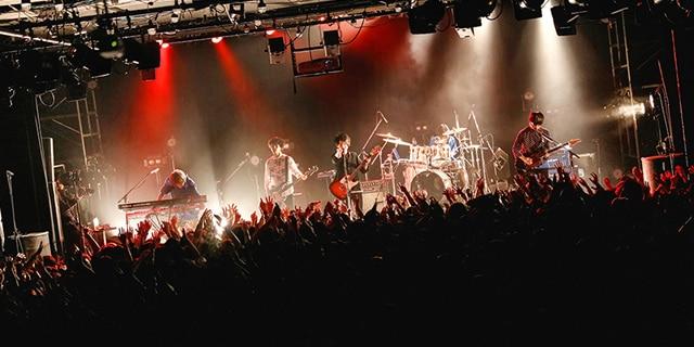 「Mrs. ONEMAN TOUR ~東と名と阪~」東京・LIQUIDROOM公演の様子。
