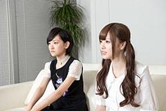 左から生駒里奈、白石麻衣